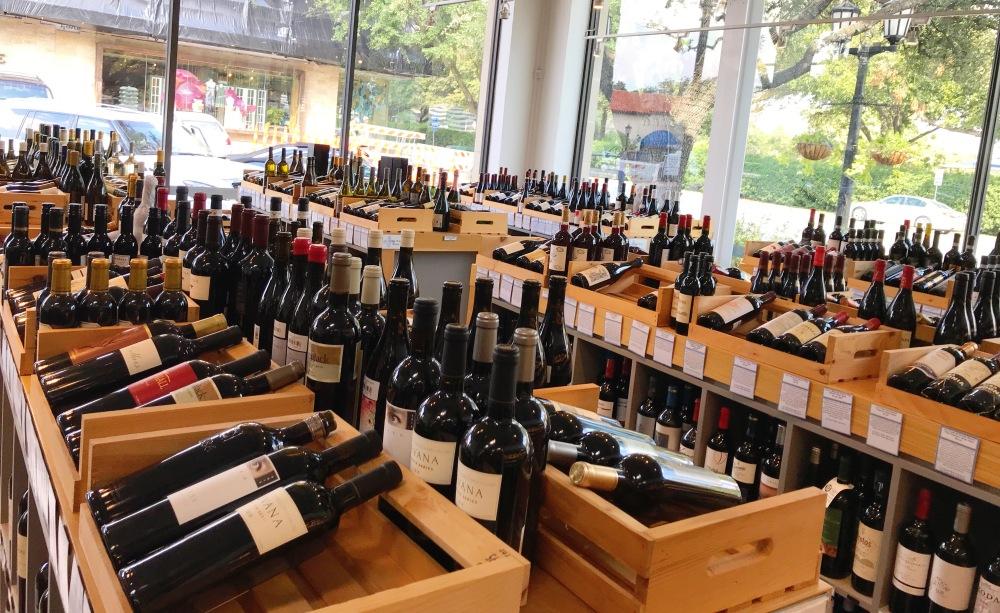 Royal Blue Grocery Wines.jpg